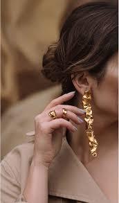 Les boucles d'oreilles Cascade de <b>Misho</b> | <b>Серьги в</b> форме капли ...