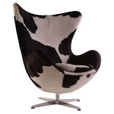 arne jacobsen egg chair replica in cowhide arne jacobsen designers modern classics commercial furniture arne jacobsen egg chair replica