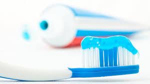 Эксперты назвали самую токсичную зубную <b>пасту</b>