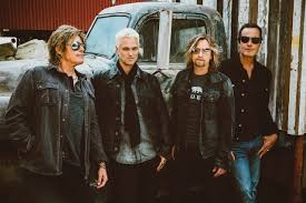 <b>Stone Temple Pilots</b> with The Dirty Hooks