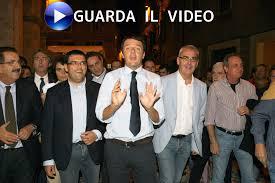 Risultati immagini per foto ridicole di Renzi