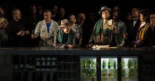 Le rideau <b>de</b> l'Opéra Bastille se relève <b>pour les Contes</b> d'Hoffmann ...