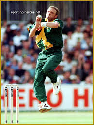 Allan Donald - South Africa - Test Record v India. Photo/Foto: Nigel French. Date: 15 May 1999. Click on image to enlarge - 01186-zoom