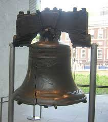 「1776, the first bell firadelfia bell reading the decralation on independence」の画像検索結果
