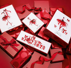 <b>Подарочные наборы</b> | <b>Estee Lauder</b> в России. Официальный сайт