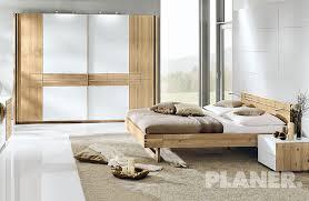 Camera Da Letto Grigio Bianco : Assortimento camera da letto mobili planer appiano bz alto