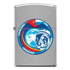 <b>Зажигалка ZIPPO Гагарин с</b> покрытием Brushed Chrome ...