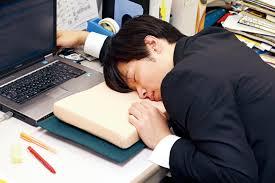 「寝ている人 画像」の画像検索結果