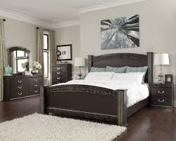 bedroom set main: traditional style vachel dark brown finish  piece king bedroom set collection main image