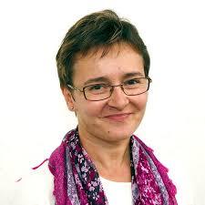 Z Elżbietą Wryk, naszą diecezjanką, dyrektorką szpitala w Bagandou w RCA, rozmawia Joanna Sadowska. Łańcuch Tarnów – Bagandou joanna sadowska - 340211_ta23s04_ela_wryk_34