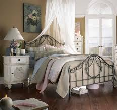 retro trendy bedroom furniture sets