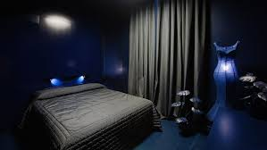 dark blue black bedrooms and dark on pinterest black blue bedroom