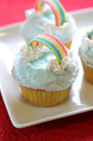 best images about wizard of oz birthdays dr oz rainbow bright classic yellow butter cupcakes festive and a favorite classic yellow cake