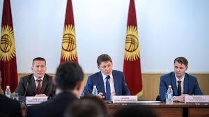 Перестановки каждый день. Как кыргызские чиновники теряли и ...