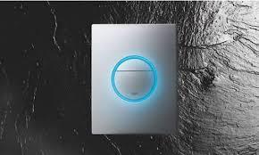 Grohe: новая <b>кнопка смыва GROHE Nova</b> Light с яркой подсветкой.