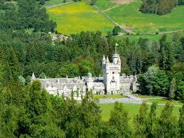 أجمل القلاع السياحية التاريخية