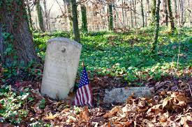 evergreen cemetery restoration project a student photo essay established in the late 1890 s evergreen cemetery was one of four adjacent final resting places for richmond s african american community at the turn of