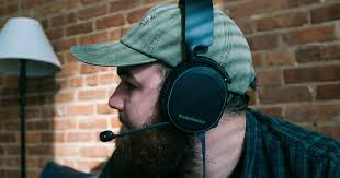 Arctis 3 <b>Bluetooth Gaming Headset</b> | SteelSeries