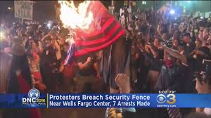 commonsense wonder outside dnc convention burned american flag flag burning dnc night 3