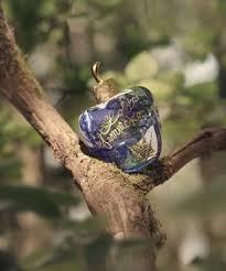 <b>Lolita Lempicka</b> Mon Parfum Premier flacon | Follow that scent ...