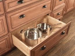 Drawers In Kitchen Cabinets
