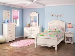 bedroom set with mirror headboard