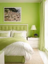 Camera Da Letto Verde Mela : Migliori idee su tende verde lime colori per