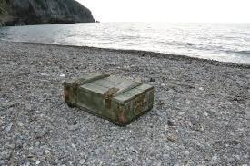 Zonguldak'ta mühimmat dolu sandık kıyıya vurdu