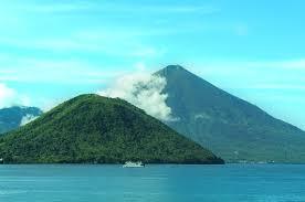 Hasil gambar untuk pulau Tidore