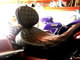 <b>BMW Black Carbon</b> Fiber – C&C Motorcycle Seats