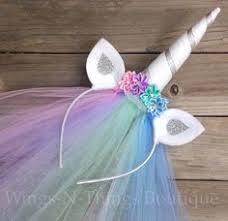 Adorable DIY <b>unicorn headbands</b> make great <b>party favors</b> for a girl's ...