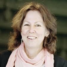 Foto: Johan Kindbom. to, jul 10, 2014 04:22 EST. Eva-Sofi Ernstell är museichef på Armémuseum sedan 2008. Eva-Sofi rekryterades till Armémuseum som chef för ... - a05d8c49b307d0f7_800x800ar