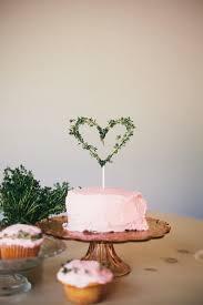 15 Small <b>Wedding Cake</b> Ideas That Are Big on Style   Diy <b>wedding</b> ...