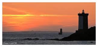 """Résultat de recherche d'images pour """"port de la mer au soleil couchant"""""""
