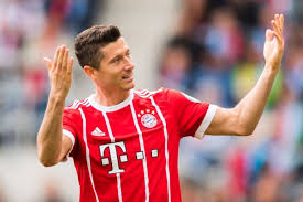 Football: Lewandowski criticises Bayern's spending policy, Football ...