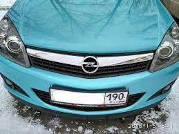 <b>Штатная решетка радиатора</b> Opel Astra GTC