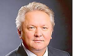 <b>...</b> <b>Armin Papperger</b> (Bild), übernimmt zum Jahreswechsel den Vorstandsvorsitz <b>...</b> - WIRTSCHAFT_1_ead3a888-9166-4d95-aeb8-b6f0b653cbfd--526x337