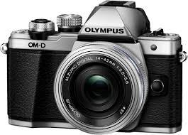 Системный <b>фотоаппарат Olympus OM-D E-M10</b> Mark II Kit Silver