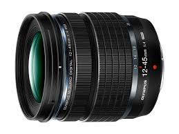 <b>Объектив Olympus M.Zuiko Digital</b> ED 12-45mm F4.0 PRO весит ...