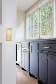 chic kitchen grays