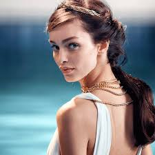 Olympea, the perfume of <b>modern Cleopatra</b>.