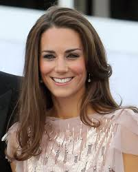 We all adore new Mommy Kate Middleton. Her fashion style has a natural elegance with a strong character, and her EBs are no exception! - Kate_Middleton_MakeupFinal