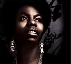 Feine <b>Nina Simone</b>-Werkschau soeben erschienen - Front-Cover-2