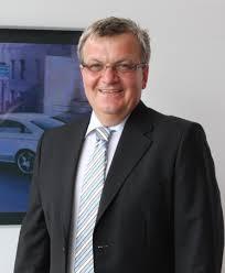 Kontakt- und Buchungsanfrage. Autohaus Dresden Reick Betriebsleiter Gerd Gebauer - gerd-gebauer