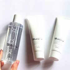 <b>Тонер</b> слабокислотный для молодой кожи <b>лица</b> A'Pieu 18 First ...