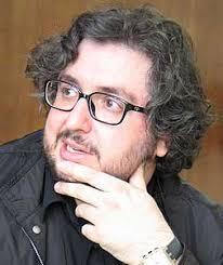 Y que empezamos la lectura de Antecedentes de Julián Rodríguez, del que incluimos algunas críticas de interés. Y un vídeo estupendo de la presentación de ... - JulianRodriguez