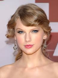 makeup for heart faces like taylor swift 39 s keep it sheer