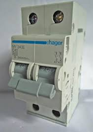 diy wiring a consumer unit and installation distribution board a two pole 40a mcb unit for 230v single phase installation