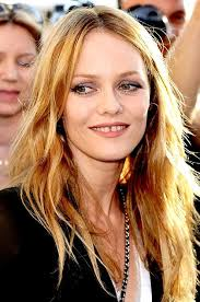 She's beautiful, multi-talented and the mother of Johnny Depp's children. yet even Vanessa Paradis doesn't have it all. Or so she says. - vanessa_paradis_420-420x0