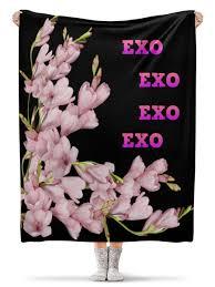 Плед флисовый 130×170 см <b>EXO</b> розовые цветы #2737875 ...